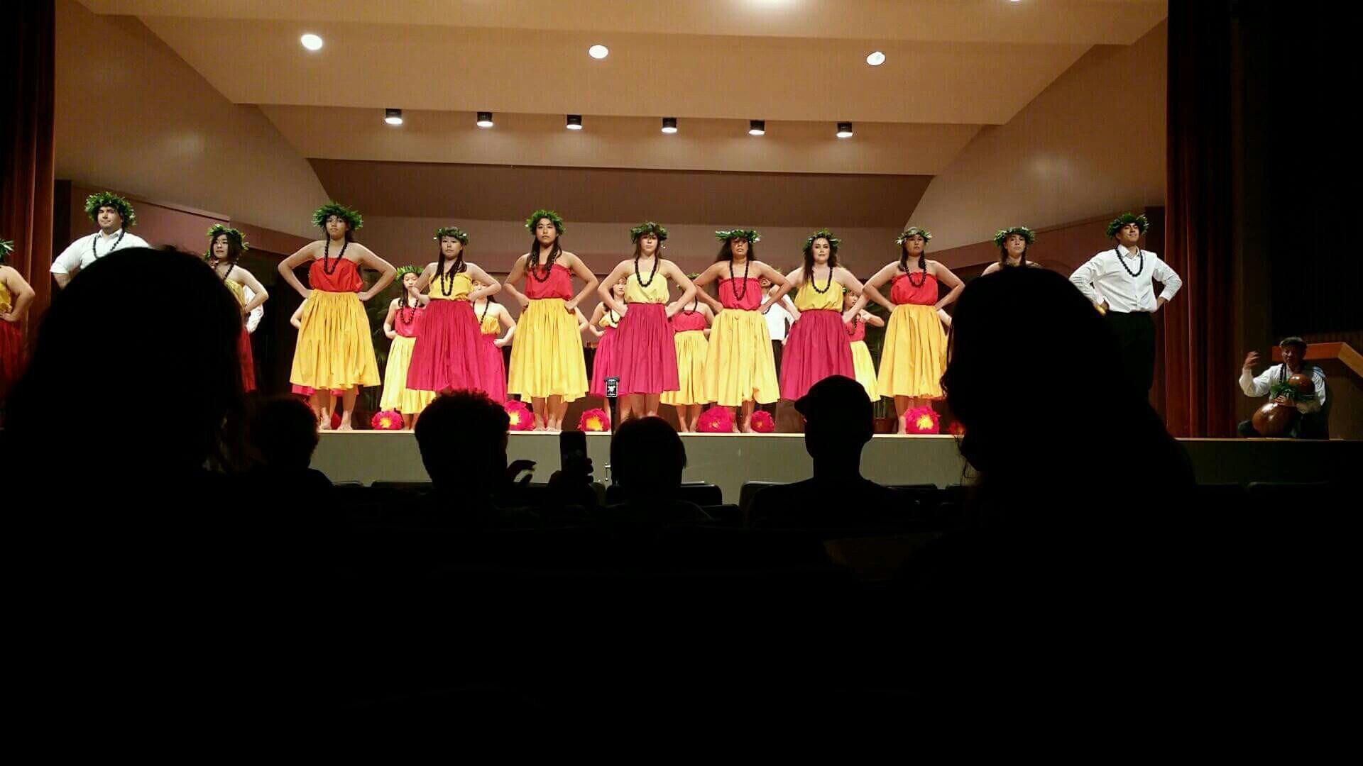 ハワイ大学 フラダンス
