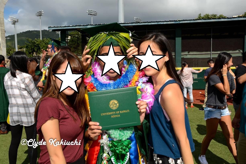 ハワイ大学 卒業式 レイ