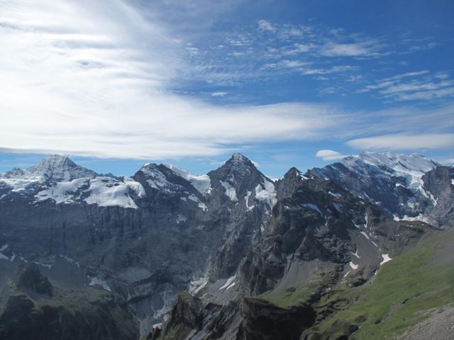 お天気がよければフランスの山まで見えます。