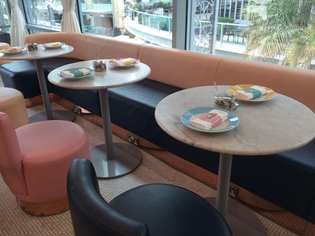 可愛いテーブル!