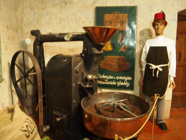 当時のコーヒー屋さんの様子も再現されています