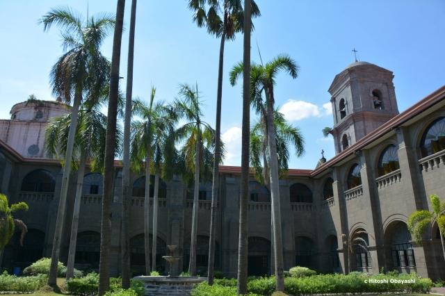 サン・オウガスチン教会の中庭
