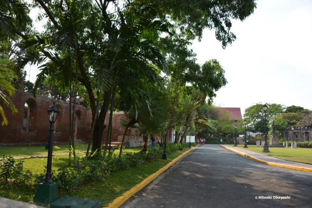 緑豊かな公園に整備されたサンチャゴ要塞跡