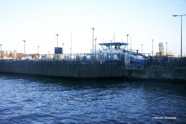 中央駅北側のクルーズ船の埠頭