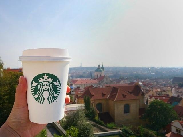 絶景スタバで有名なプラハ城店