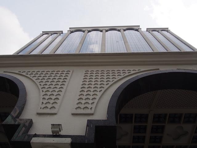 ホテルイスタナはクアラルンプールの中心にあるロケーション