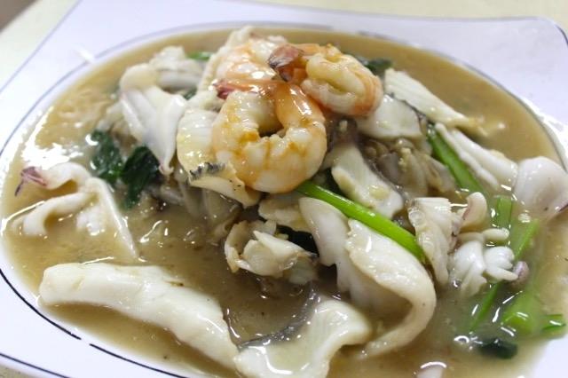 ホーフン 魚 だし 炒める 中華麺