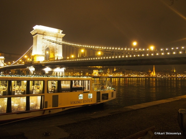 ブダペスト観光の目玉「ドナウ川クルーズ」