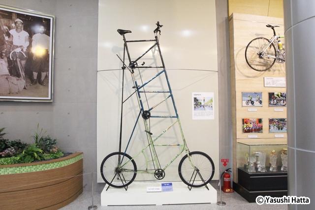 尚州自転車祭りのパレードにも使われた五層フレームの自転車