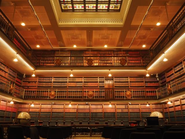 クラシカルな図書室もある、ニューサウスウェールズ州議事堂