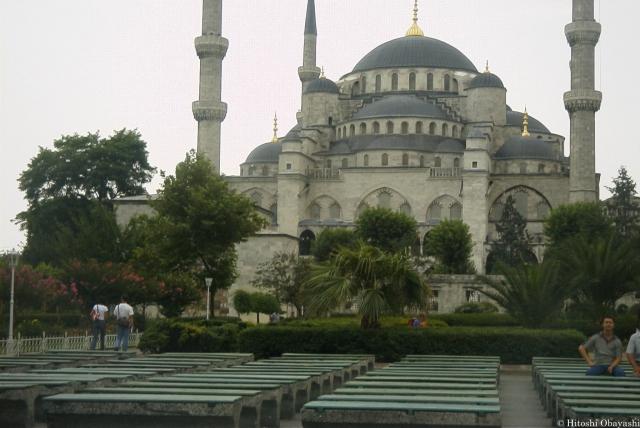 アヤソフィア前から眺めるスルタン・アフメット・ジャーミィ