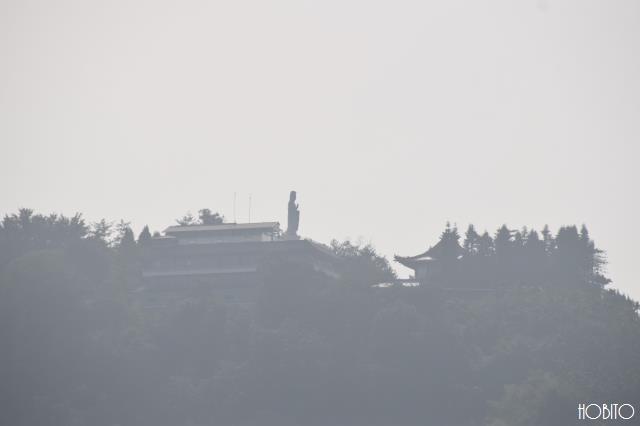 フェリーから眺める玄奘寺
