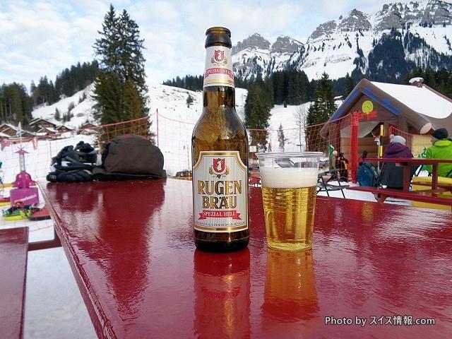 スキー場でいただくビール