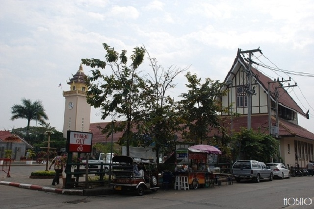 チェンマイ駅周辺の様子