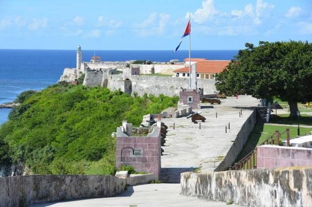 カバーニャ要塞から見るモロ要塞