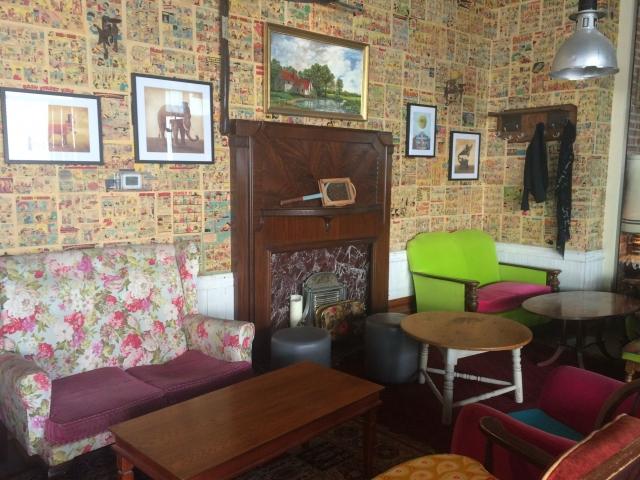 ドバイマリーナのカフェ
