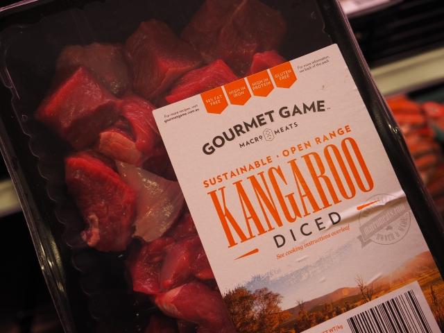 スーパーに並ぶカンガルー肉