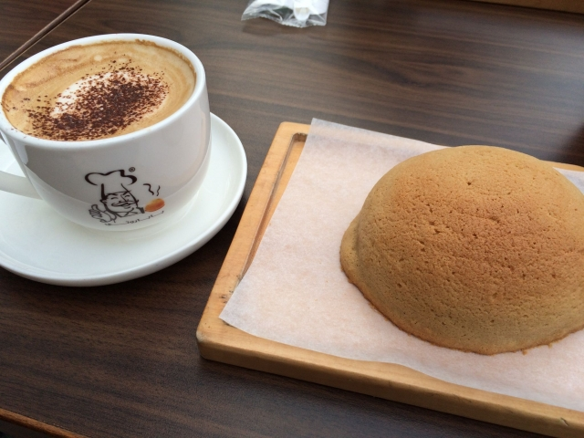 コーヒーとバン