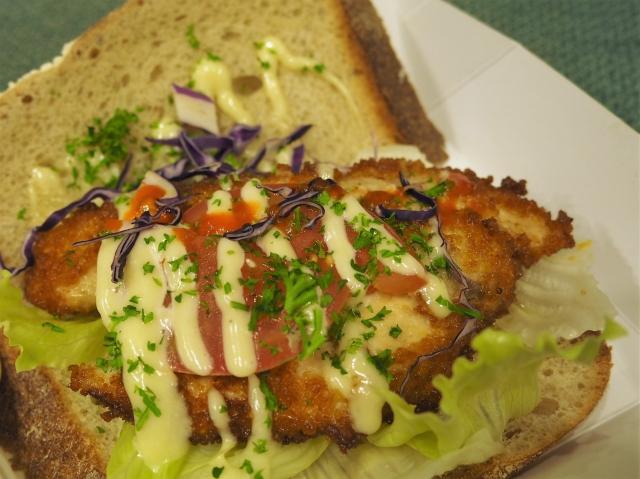 シュニッツェルのサンドイッチ、「ザ・ヴィエナ」