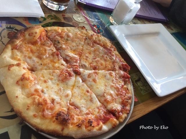 8インチのハウスピザ