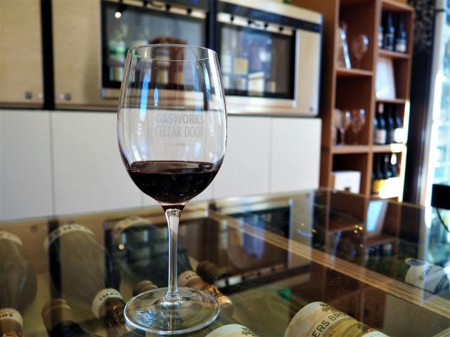 タスマニア各地のワインを飲み比べてみましょう