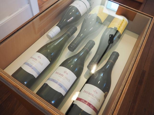 展示されているワインにも注目です