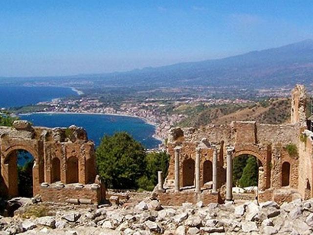 美しい景観と歴史豊かな街