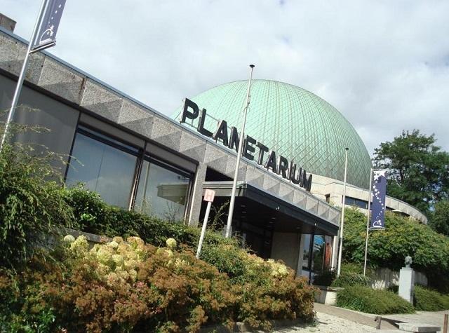 王立天文台の一角にあるプラネタリウム