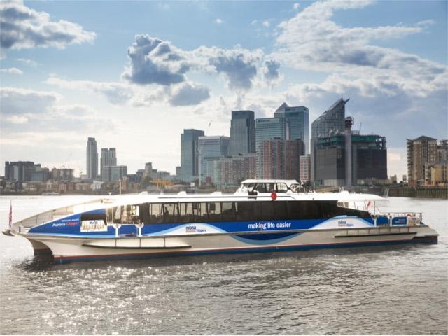 6) Thames River Boat