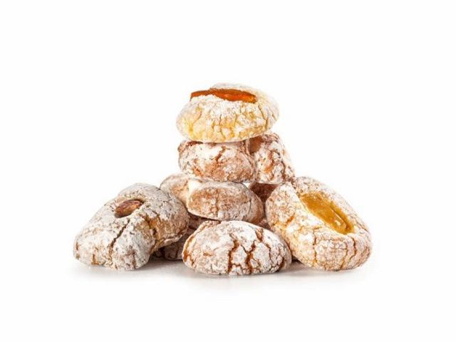 小麦粉を使わずアーモンドパウダーで練り上げた焼き菓子パスタ