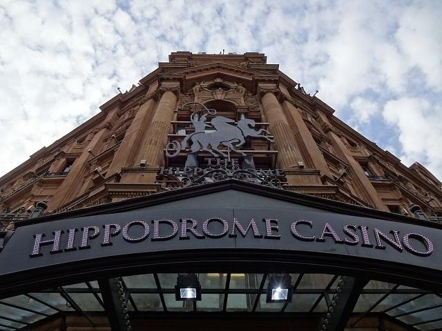 観光者にも人気のカジノ「ヒポドローム」