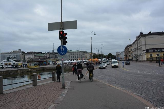 ヘルシンキと周辺国を結ぶ船が出入りするエテラ港