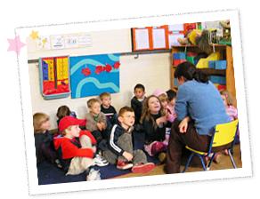 幼稚園ボランティア 学習の様子