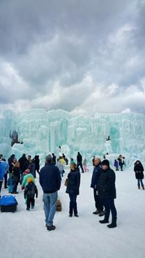 壮大な氷のスペクタクル
