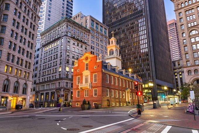 夜のボストン