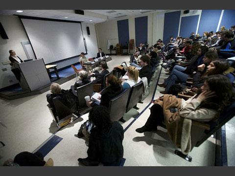 ホフストラ大学講義風景