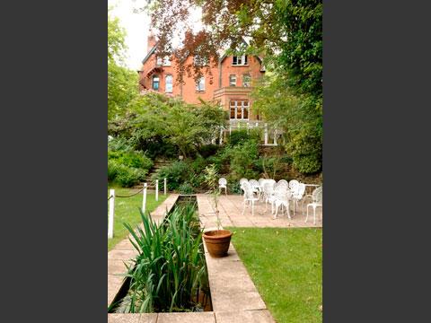 美しい英国式庭園