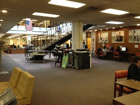リバーデールの図書館
