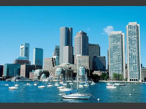 チャールズ川から望むボストンダウンタウン
