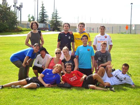 男女混合サッカーチーム